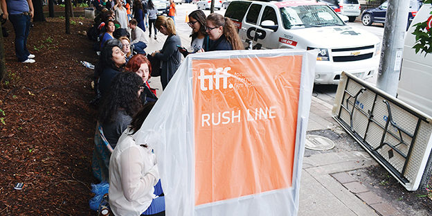 The rush line for The F Word. (Samantha Lui / Ryersonian Staff)