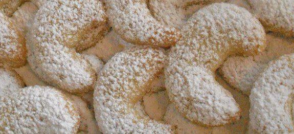 Vanilla-Cookies-Vanillekipferl1-575x262