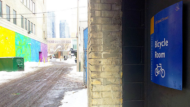 Victoria Street Lane, as it looks now, may get a face-lift this summer. (Jayna Rana/Ryersonian Staff)