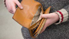 Students are turning to the Internet for advice on how to fill their wallets. (Matt Oxman/ The Ryersonian)