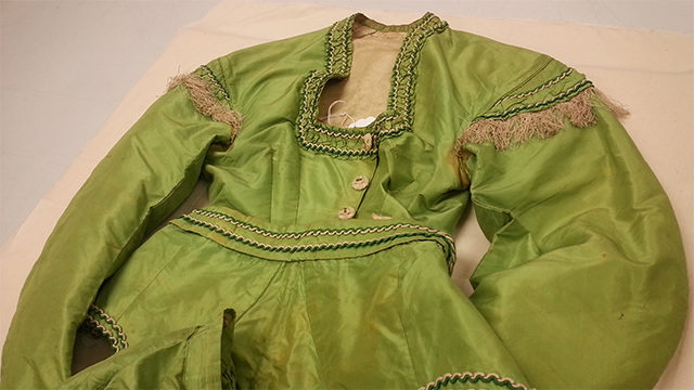 A killer green: Ryerson's arsenic dress