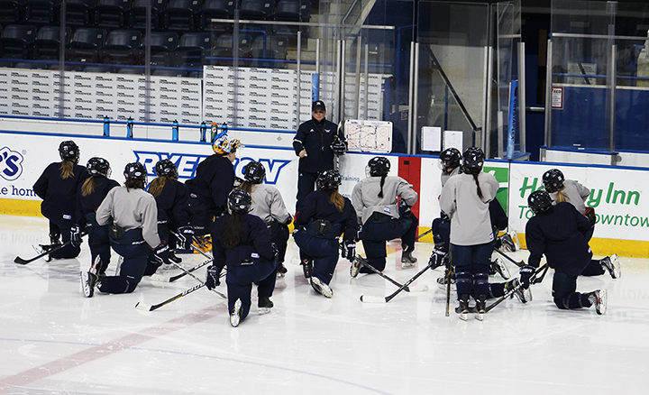 Lisa Haley explains a drill to her team at practice on Jan. 21, 2016 (Josh Beneteau).
