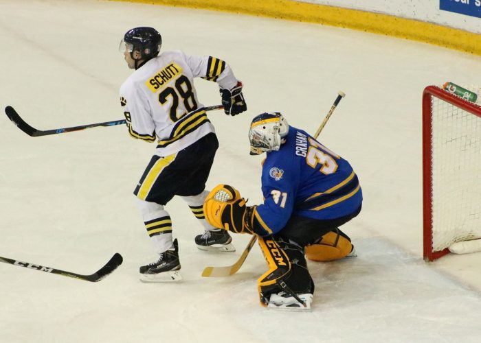 Charlie Graham vs Lakehead