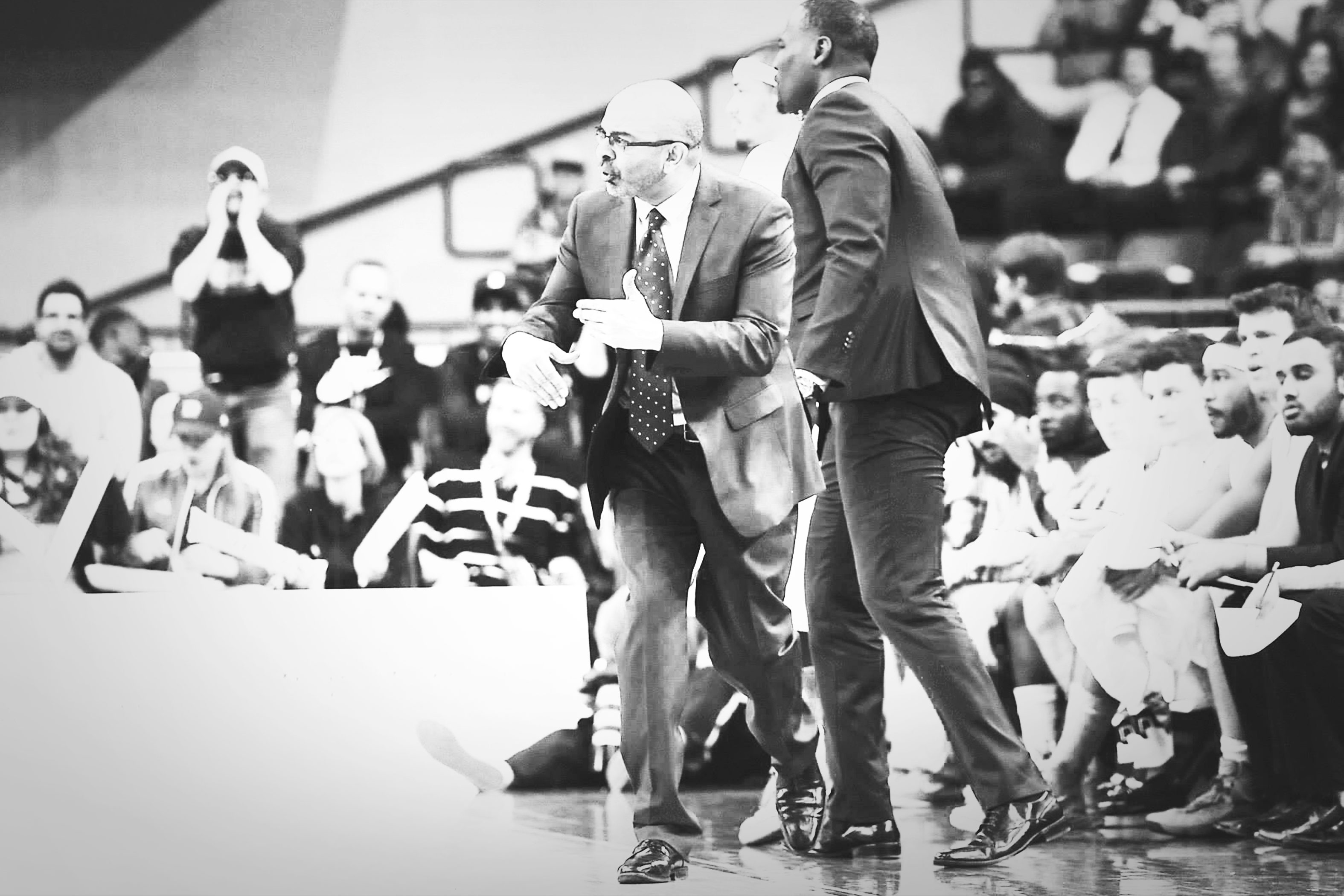 Roy Rana coaching the Rams during the CIS Final 8 during the 2014-2015 season (Courtesy Alex D'Addese)