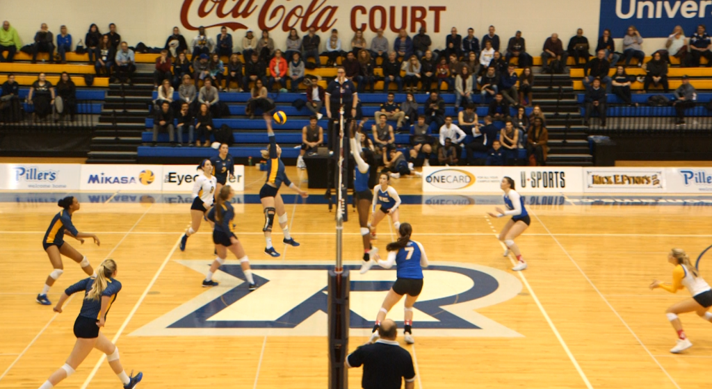Women's Volleyball team continues unbeaten streak ...