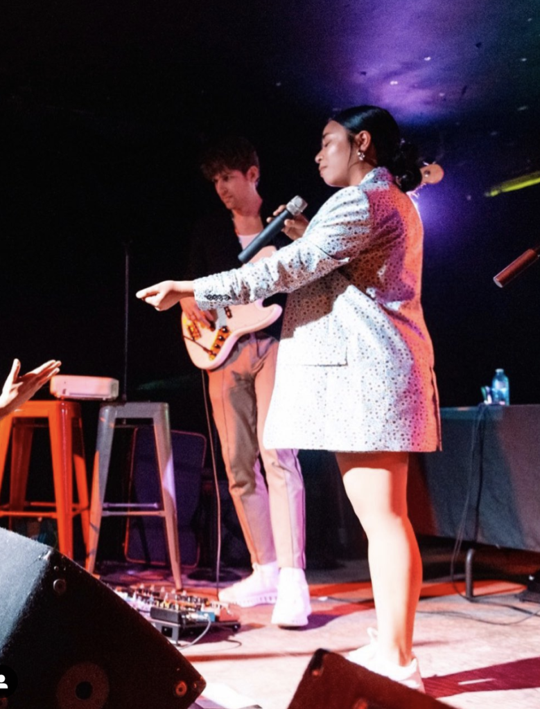 Toronto artist Kenya Jade on stage at To be Famed.